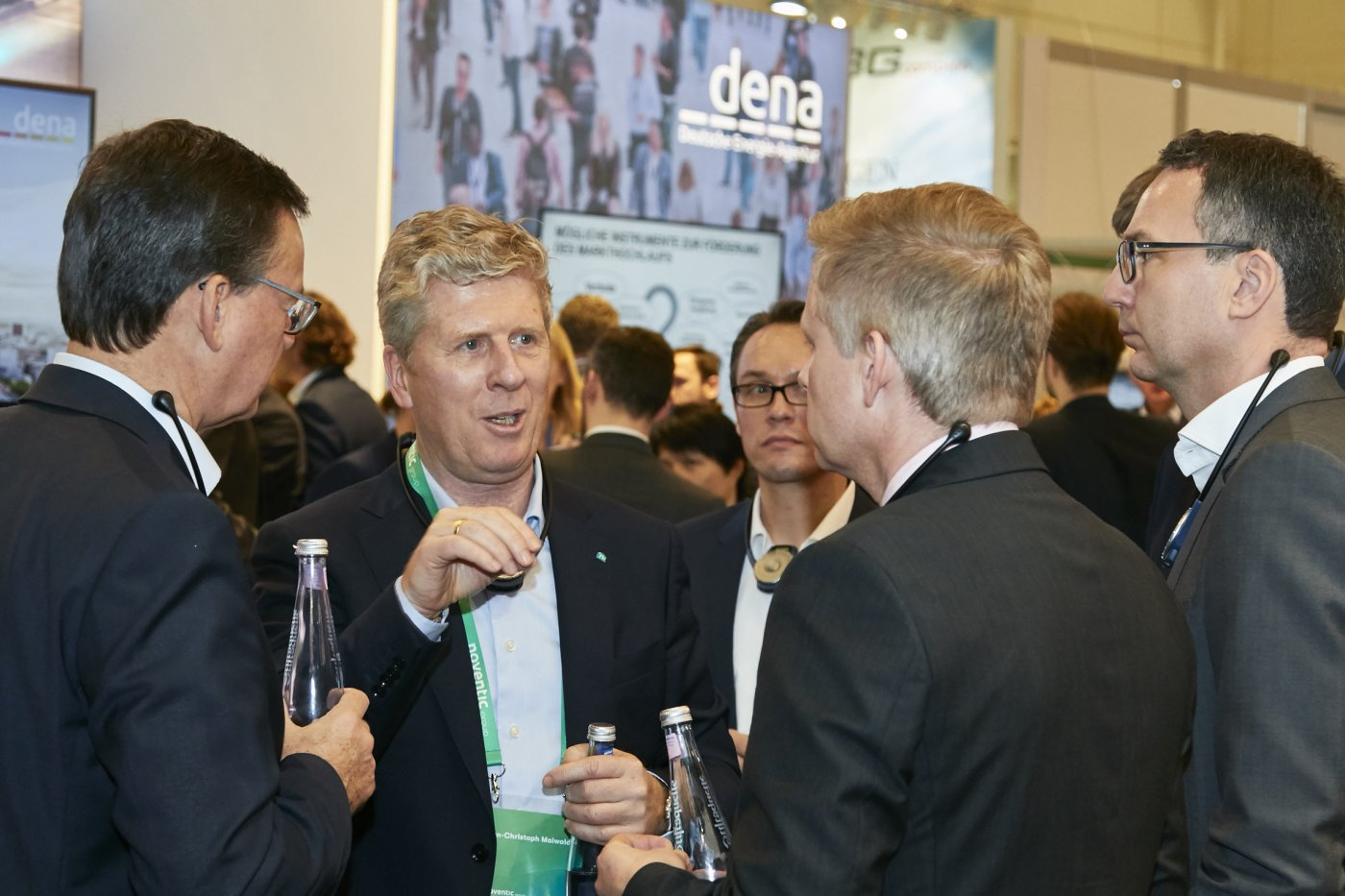 Discussion at the dena noventic group stand e-world 2019